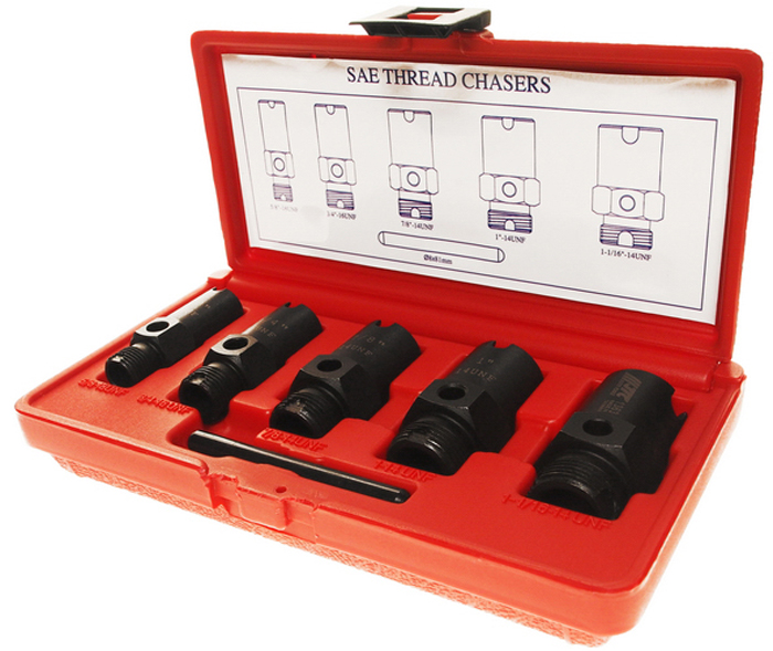 JTC Набор для восстановления метрических резьб штуцеров систем кондиционирования. JTC-1363JTC-1363Специально предназначен для восстановления метрических резьб газовых и жидкостных штуцеров системы кондиционирования, гидравлической и газовой системы.На каждом метчике указан номер, их можно использовать для определения размера резьбы.Подходит для восстановления наружной и внутренней резьбы.Размеры: 5/8х18UNF, 3/4х16UNF, 7/8х14UNF, 1х14UNF, 11/16х14UNF.