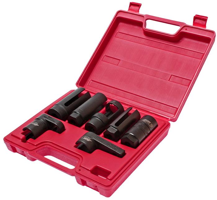 Набор головок JTC, для кислородных датчиков. JTC-1425JTC-1425Набор головок JTC используется для демонтажа датчика кислорода, лямда- зонда, форсунок. В набор входят специальные головки для снятия кислородных датчиков. Размеры: 1/2 х 29 х 90 мм (паз 7 мм) 1/2 х 27(12 pt) х 82 мм 3/8 х 7/8 х 90 мм (паз 20 мм) 3/8 х 1-1/16 х 74 мм 3/8 х 7/8 х 80 мм (паз 7 мм) 1/2 х 22 х 90 мм 3/8 х 22 х 31 мм.