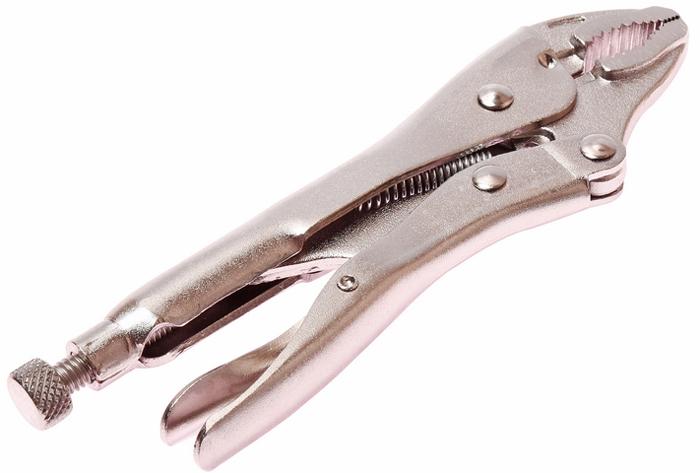 JTC Клещи с фиксатором. JTC-7WRJTC-7WRПредназначены для проведения ремонтных работ с использованием сварки и пайки элементов и узлов автомобиля.Губки сделаны из хром-молибденовой стали, клещи покрыты никелем. Могут использоваться в роли кусачек. Длина: 175 мм. (7).Количество в оптовой упаковке: 6 шт. и 48 шт. Габаритные размеры: 245/90/20 мм. (Д/Ш/В) Вес: 369 гр.