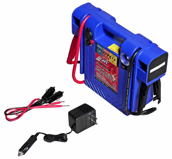 JTC Пусковое устройство со встроенным аккумулятором. JTC-3102JTC-3102Предназначено для аварийного запуска двигателя автомобиля с разряженной АКБ. Защита от перегрузки, короткого замыкания, встроенная система самотестирования и тестирования АКБ и генератора. Легко и быстро заряжается. Используется для аварийного электропитания. Устройство предотвращает отключение аудиосистемы/компьютера во время замены аккумулятора автомобиля. Емкость:25 А·ч. Размеры: 320х240х85 мм. Габаритные размеры: 450/250/100 мм. (Д/Ш/В) Вес: 9000 гр.