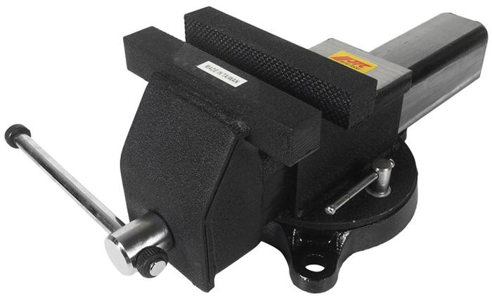JTC Тиски слесарные стальные. JTC-3120JTC-3120Изготовлены из легированной стали.Специальная конструкция с поворотным основанием позволяет регулировать и фиксировать тиски в нужном направлении.Ширина губок: 153 мм.Максимальный захват: 153 мм.Габаритные размеры: 440/210/200 мм. (Д/Ш/В)Вес: 1300 гр.