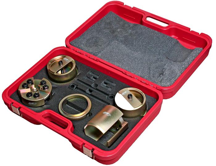 JTC Набор для замены сальников коленвала (Isuzu с двиг. 4HF1, 4HG1, 6HH1, 6HK1). JTC-4147JTC-4147Специально предназначен для замены сальника коленвала.Не повреждает сальник и сопряженные детали.Применение: грузовые автомобили Исузу (Isuzu), модели двигателя: 4HF1, 4HG1, 6HH1, 6HK1.Оригинальный номер сальника: передний BZ4365E, задний BZ4219E.Упаковано в прочный переносной кейс.Габаритные размеры: 580/420/160 мм. (Д/Ш/В)Вес: 16000 гр.