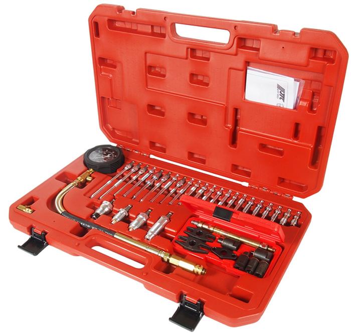 JTC Компрессометр для дизельных двигателей с набором адаптеров. JTC-4302JTC-4302Набор применяется для диагностики герметичности камеры сгорания двигателя.Принцип действия основан на измерении процента утечки воздуха, подаваемого в цилиндр.Позволяет оценить состояние поршневых колец, стенок цилиндра, клапанов и прокладки головки блокаУниверсальный компрессометр для дизельных двигателей, оснащенный большим количеством специальных переходников.Тестирование следует проводить, проворачивая коленвал двигателя стартером.В комплект входит высокоточный манометр в прорезиненном кожухе, а также специальные переходники для форсунок и свечей накаливания.Дополнительные переходники с фиксаторами обеспечивают применение компрессометра для различных видов транспортных средств: грузовые автомобили, автофургоны, автобусы, морской транспорт и сельскохозяйственная техника.Общее количество предметов: 37 шт.Количество в оптовой упаковке: 6 шт.Габаритные размеры: 585/360/70 мм. (Д/Ш/В)Вес: 4910 гр.