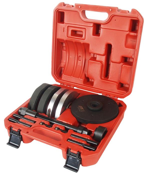 JTC Набор для замены ступичных подшипников, диаметр 82 мм. JTC-4307JTC-4307Внешний диаметр подшипника: 82 мм.Применение: Форд (Ford) Focus, Mondeo.Упаковка: прочный переносной кейс. Габаритные размеры: 340/320/110 мм. (Д/Ш/В) Вес: 10150 гр.