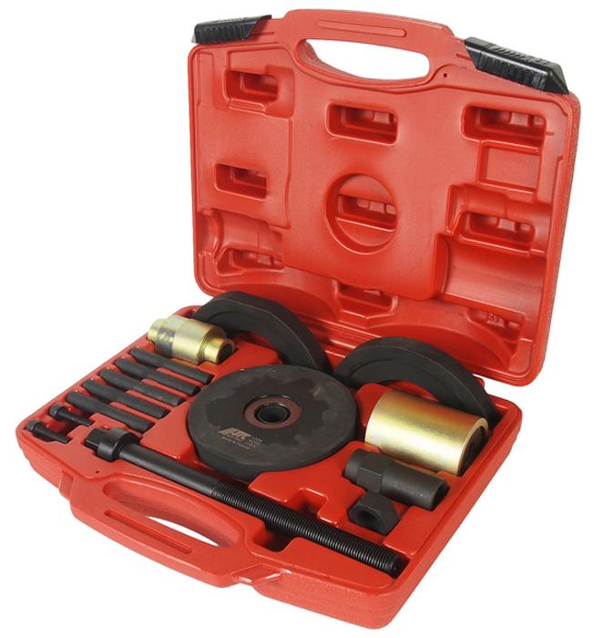 JTC Набор для замены ступичных подшипников, 90 мм (AUDI). JTC-4308JTC-4308Специальная конструкция предназначена для снятия и установки ступичных подшипников.Работы производятся без демонтажа ступиц.Внешний диаметр подшипников 90 мм.Применение: Ауди (Audi) A4/S4, А6/S6, А8/S8, R8.Габаритные размеры: 340/240/130 мм. (Д/Ш/В) Вес: 7218 гр.  ПОДРОБНАЯ ВИДЕОИНСТРУКЦИЯ