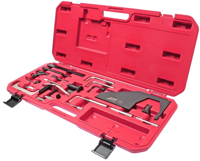 JTC Набор фиксаторов распредвала для установки фаз ГРМ (Ford, Mazda). JTC-4676JTC-4676Данный комплект фиксаторов позволяет проводить корректную установку фаз ГРМ двигателя при замене приводного ремня. Основное назначение инструмента для Форд (Ford): регулировка зажигания (фаз ГРМ). В комплекте:Фиксирующие штифты (прямые, в мм.): 8,9/11,6/4,9/7,1/6/15,5. Фиксирующие штифты (угловые 90°, в мм.): 6/9.5/12.7/14. Пластина для фиксации распредвалов (прямая). Комплект щупов: 0.2 мм. и 0.3 мм. Применение: Форд (Ford) и Мазда (Mazda). Упаковка: прочный переносной кейс. Количество в оптовой упаковке: 5 шт. Габаритные размеры: 595/270/50 мм. (Д/Ш/В) Вес: 3381 гр.