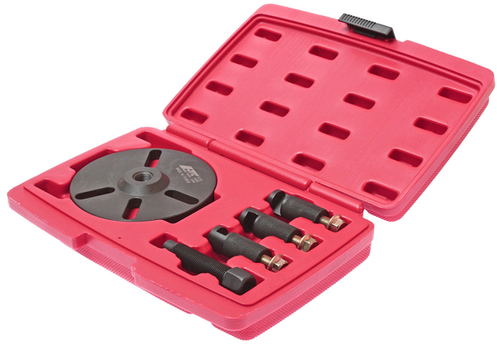 JTC Съемник зубчатого колеса распредвала универсальный. JTC-4772JTC-4772Съемник шкива зубчатого распределительного вала универсальный JTCХарактеристики Специально предназначен для снятия зубчатого колеса на большинстве двигателей.Оснащен специальными захватами для удержания зубчатого колеса.Упаковка: прочный пластиковый кейс.Габаритные размеры: 270/190/55 мм. (Д/Ш/В)Вес: 1672 г.