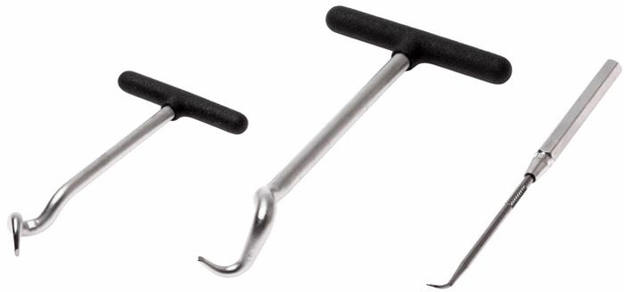 Набор съемников сальников JTC. JTC-4808JTC-4808Такой набор позволяет быстро и без особых усилий снимать уплотнительные кольца или сальники различных типов. Особый угол крюка обеспечивает более эффективную работу по извлечению сальников.В комплекте 3 крюка различной длины и формы для различных видов работ.Способ применения: сальник зацепить крюком и потянуть.