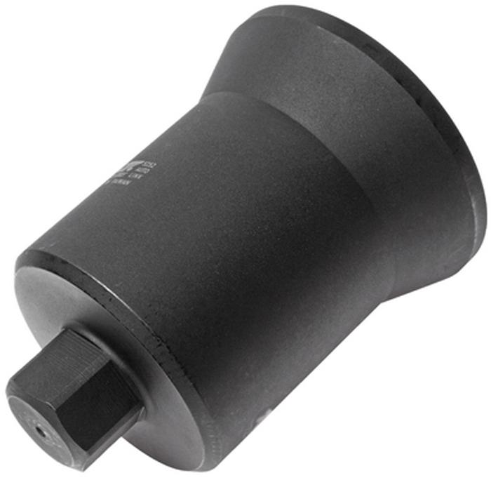 JTC Головка ступичная 6-гранная (MERCEDES). JTC-5252JTC-5252Изготовлена из высококачественной стали, обладает высокой прочностью, предназначена для демонтажа ступичных гаек. Предотвращает скольжение. Применяется с ударным гайковертом или динамометрическим ключом, шестигранный ключ SW36. Общая длина: 157 мм. Применение: трейлеры Мерседес (Mercedes-Benz). Габаритные размеры: 220/150/150 мм. (Д/Ш/В)Вес: 3000 гр.