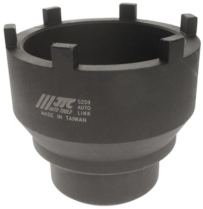 JTC Головка ступичная для задней оси MAN и MERCEDES. JTC-5259JTC-5259Головка специальной конструкции предназначена для снятия/установки гаек задней оси.Изготовлена из высококачественной стали, обладает высокой прочностью.Используется с ключом 3/4.Общая длина: 110 мм.Применение: Задние оси грузовых автомобилей MERCEDES BENZ и MAN 10+13T, HYPOID и TRAILER AXLE NR7/4.