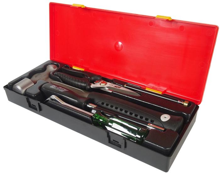 JTC Набор инструментов комбинированный. JTC-K8051JTC-K8051В комплекте:JTC-3409: молоток металлический 1-1/2Р - 1 шт.JTC-3422А: ножницы 8; - 1 шт. JTC-3511: магнитный держатель 3.5LBS - 1 шт. JTC-19387: отвертка торцевая с гибким стержнем 7 мм. - 1 шт. JTC-2511: съемник для клипс - 1 шт.Общее количество предметов: 5 шт.Комплект упакован в прочный презентабельный бокс. Габаритные размеры: 375/140/60 мм. (Д/Ш/В)Вес: 1910 гр.