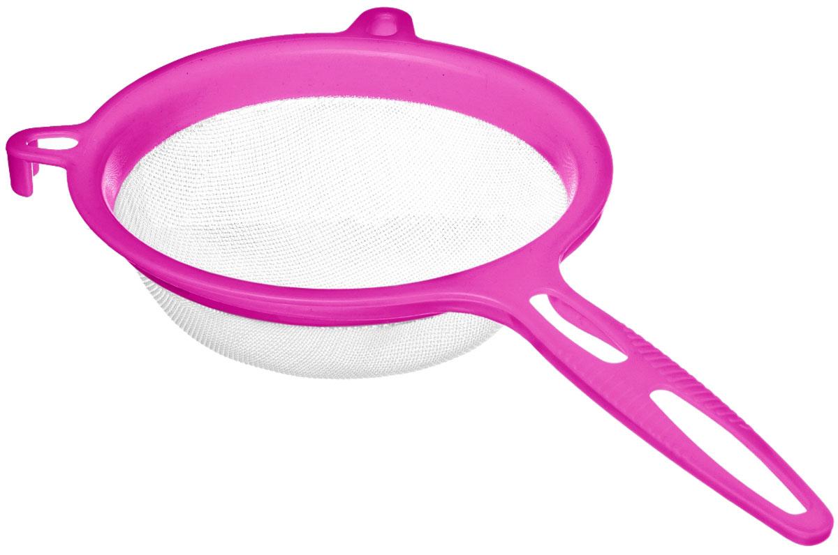 Сито Walmer Rainbow, цвет: малиновый, диаметр 17 смW26040017_малиновыйСито Walmer Rainbow изготовлено из высококачественного пластика. За обычным дизайном изделия скрывается практичность ифункциональность. Эргономичная ручка снабжена отверстием для подвешивания на крючок. С этим ситом вы можете просеивать сыпучие продукты, процеживатькомпоты и соки. Незаменимо оно станет и для приготовления детских пюре. Удобство в использовании дополняется двумя держателями.Такое сито станет незаменимым аксессуаром на вашей кухне. Диаметр сита: 17 см. Ширина (с учетом ручки и держателей): 32,5 см.Высота: 8 см.