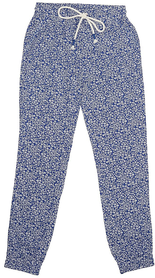 Брюки для девочки Sela, цвет: сине-фиолетовый. P-615/516-7233. Размер 128, 8 летP-615/516-7233Стильные брюки для девочки Sela выполнены из легкого воздушного материала и оформлены цветочным принтом. Брюки зауженного кроя стандартной посадки на талии имеют пояс на широкой резинке, дополнительно регулируемый шнурком, и дополнены двумя втачными карманами. Низ брючин собран на резинку. Брюки подойдут для прогулок и дружеских встреч и станут отличным дополнением гардероба в летний период.