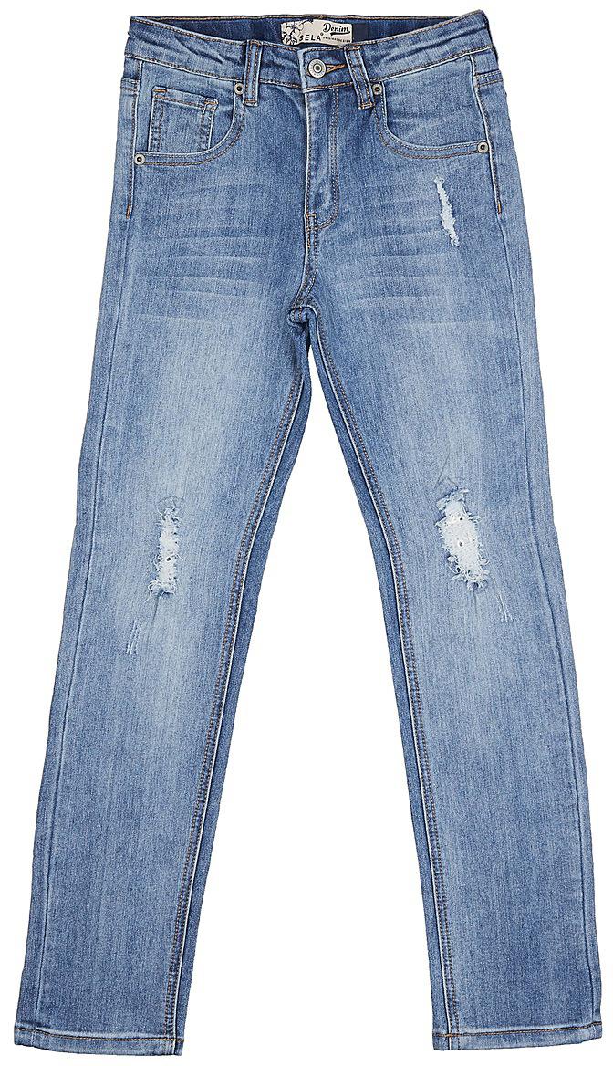 Джинсы для девочки Sela, цвет: голубой джинс. PJ-635/529-7142. Размер 122, 7 летPJ-635/529-7142Стильные джинсы для девочки Sela выполнены из качественного эластичного хлопка с эффектом потертостей и разрывов. Джинсы прямого кроя и стандартной посадки на талии застегиваются на пуговицу и имеют ширинку на застежке-молнии. На поясе имеются шлевки для ремня. Модель представляет собой классическую пятикарманку: два втачных и накладной карманы спереди и два накладных кармана сзади.