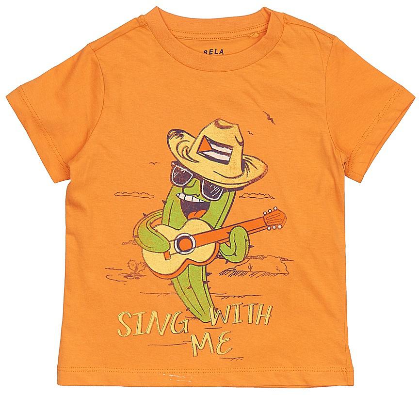 Футболка для мальчика Sela, цвет: желто-оранжевый. Ts-711/186-7214. Размер 104, 4 годаTs-711/186-7214Стильная футболка для мальчика Sela выполнена из натурального хлопка и оформлена ярким принтом. Модель прямого кроя с короткими рукавами подойдет для прогулок и дружеских встреч и будет отлично сочетаться с джинсами и брюками. Круглый вырез горловины дополнен мягкой трикотажной резинкой. Мягкая ткань комфортна и приятна на ощупь.