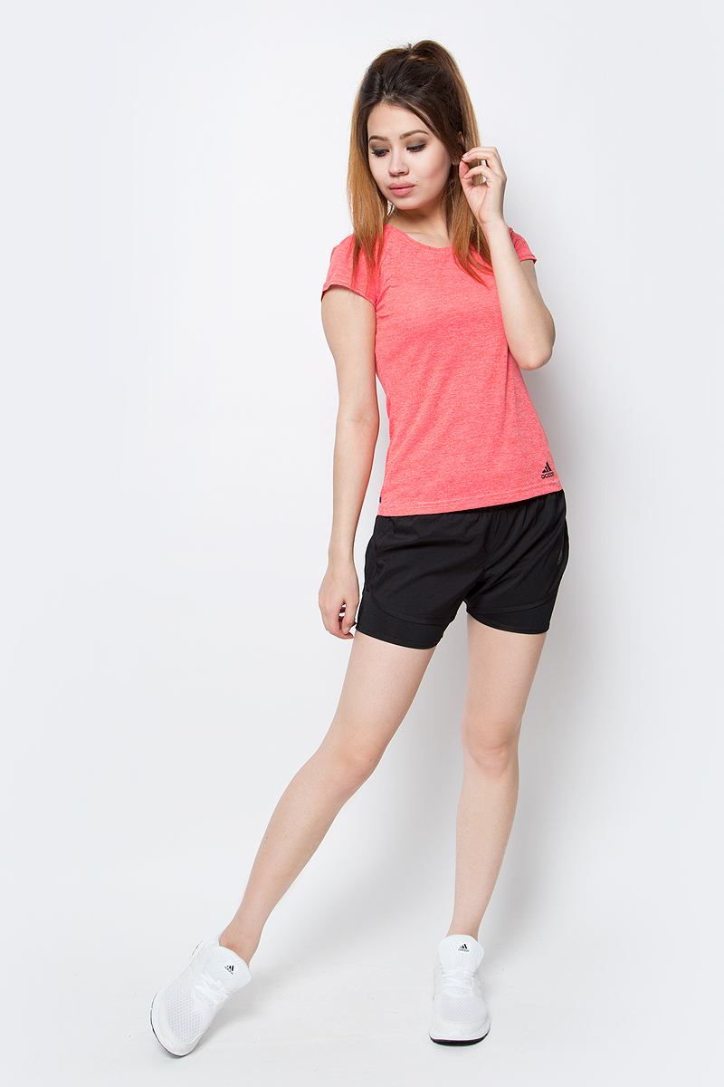 Футболка женская Adidas, цвет: розовый. B45830. Размер S (42/44)B45830Футболка облегающего фасона с круглым воротником для спорта и активного отдыха.Технология Climachill с алюминиевыми вставками эффективно охлаждает во время интенсивной тренировок.
