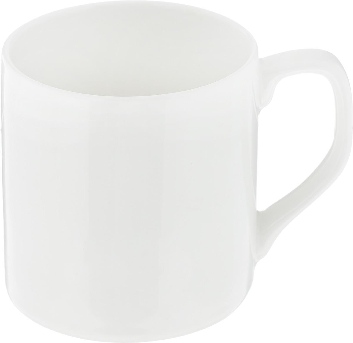 Чашка чайная Ariane Джульет, 200 мл. AJLARN53020AJLARN53020Чайная чашка Ariane Джульет выполнена из высококачественного фарфора с глазурованным покрытием. Изделие оснащено удобной ручкой. Уникальный состав сырья, новейшие технологии и контроль качества гарантируют: снижение риска сколов, повышение термической и механической прочности, высокую сопротивляемость шоковым воздействиям, высокую устойчивость к истиранию, устойчивость к царапинам, гладкий и блестящий внешний вид, абсолютную функциональность, относительную безопасность в случае боя, защиту от деформации.Нежнейший дизайн и белоснежность изделия дарят ощущение легкости и безмятежности. Изысканная чашка прекрасно оформит стол к чаепитию и станет его неизменным атрибутом.Можно мыть в посудомоечной машине и использовать в СВЧ без потери внешнего вида.Диаметр чашки (по верхнему краю): 7 см.Высота чашки: 7 см.