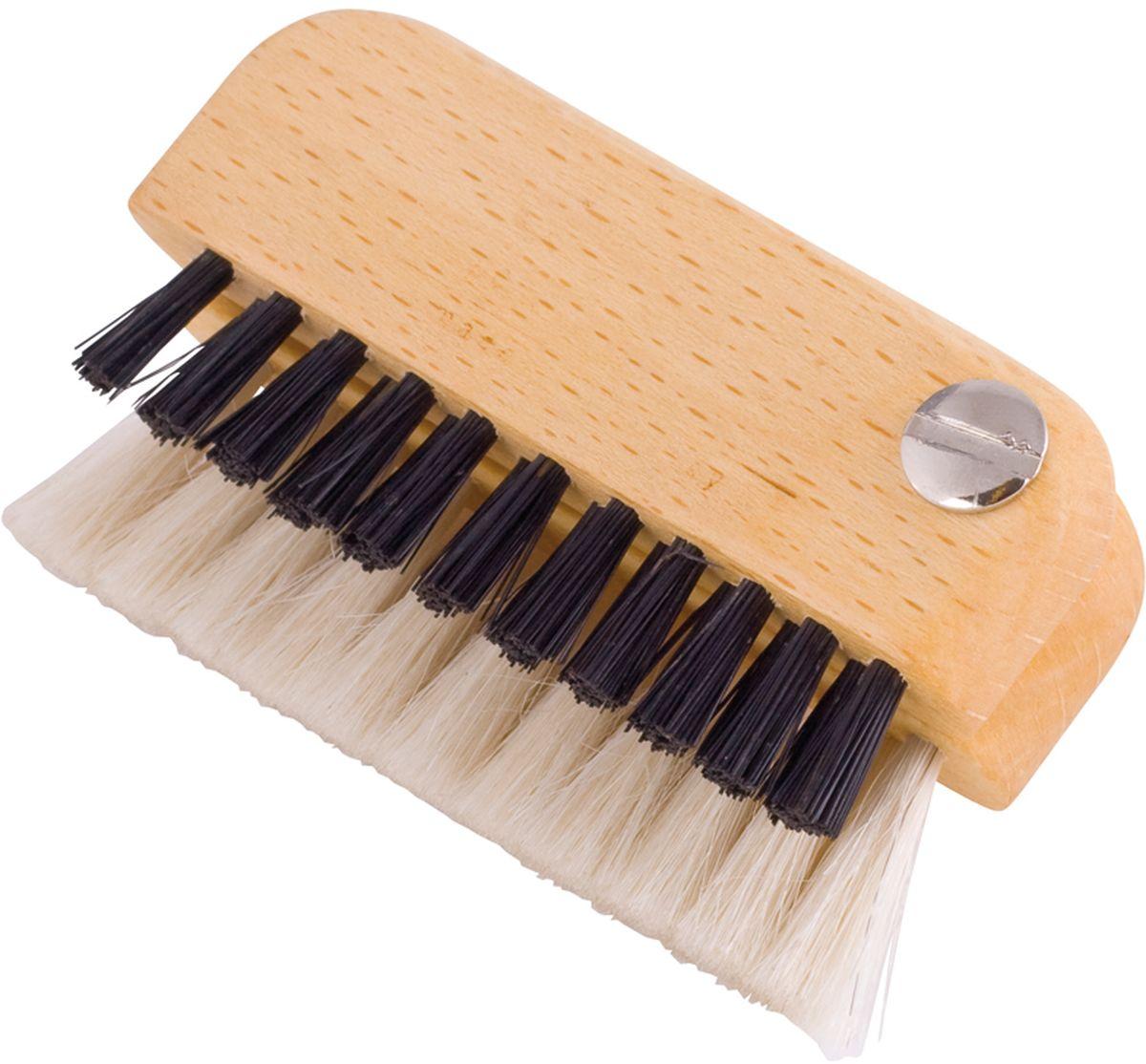 Щетка для ноутбука Redecker, длина 7,5 см460003Компактная двойная щетка Redecker для ноутбука, сделана из промасленной древесины бука и сочетает в себе темную щетину и светлую козью шерсть.Среди всех используемых Redecker материалов шерсть китайской длинношерстной козы является самым мягким и нежным. Ее густые волосы идеально подходят для бережного очищения монитора, удаления частичек пыли и грязи с его поверхности. Такая шерсть не царапает и не пачкает монитор, а также не оставляет на нем следов, поскольку обладает ярко выраженным антистатическим эффектом. Более жесткая щетина предназначена для эффективной уборки клавиатуры ноутбука, в особенности пространства между клавишами. Небольшой размер щетки позволяет брать ее с собой куда угодно и всегда содержать свои устройства в чистоте. Подходит для ноутбуков, телефонов и других подобных устройств.Длина: 7,5 см.