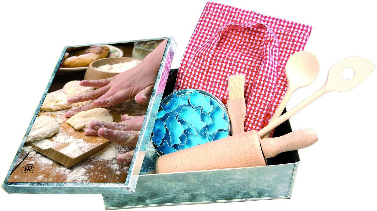 Набор для выпечки Redecker, детский, 6 предметов100008Дети обожают помогать своим родителям! Убираться в доме, совершать покупки и, конечно, готовить! Стандартные кухонные принадлежности обычно слишком большие для детских ладошек, потому процесс приготовления вкусностей может превратиться в пытку. Детский набор для выпечки - это невероятно привлекательные и удобные инструменты для выпечки, созданные специально для ребенка. Здесь все по-настоящему, только размеры скалки, кисточки и ложек оптимизированы так, чтобы детям было удобно с ними работать.В набор входят:- детский фартук- кисточка для выпечки- маленькая скалка- ложка и шумовка для выпечки- 6 формочек для печеньяИ дети, и родители будут в восторге от этого набора, ведь теперь они могут готовить вместе и с удовольствием.Размер коробки - 16,5 х 22,5 х 7 см.