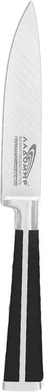 Нож универсальный Ладомир, длина лезвия 12 см. В3АСК12В3АСК12Универсальный нож Ладомир изготовлен из высокоуглеродистой кованой нержавеющей немецкой стали марки 1.4116 X50СrМoV15 (хром-молибден-ванадий). Твердость лезвия составляет 58 ед. по шкале С. Роквелла. Оптимальный угол заточки (23°) - в 2,7 раза увеличивает износостойкость лезвия.Очень удобная и эргономичная рукоятка, изготовленная из бакелита и стали, не позволяет скользить ножу в руках и обеспечивает безопасность при нарезке продуктов. Рукоять также оснащена цельнокованым антибактериальным больстером, который служит для защиты места сопряжения клинка с рукоятью. Универсальный нож применяется для нарезки любых овощей, мяса, рыбы и других продуктов. Такой нож займет достойное место среди аксессуаров на вашей кухне. Характеристики:Материал: нержавеющая сталь, бакелит. Общая длина ножа: 24 см. Длина лезвия: 12 см. Артикул: В3АСК12.