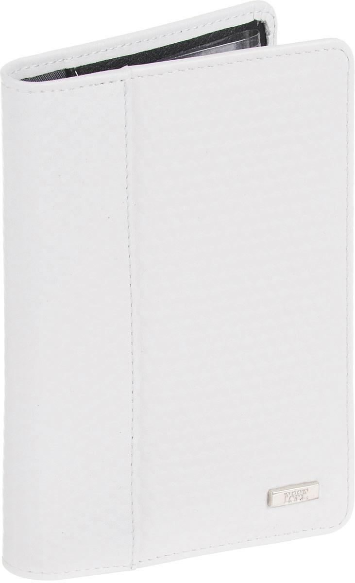 Обложка для автодокументов женская Esse Page auto, цвет: белый, черный. GPGA00-000000-D8303O-K100Натуральная кожаОбложка с закругленными углами из натуральной кожи. Внутри 3 прорезных кармана для карт, 2 открытых кожаных кармана. Пластиковый блок (6 карманов) позволяет рационально разместить все необходимые документы, в т. ч. страховку и доверенность
