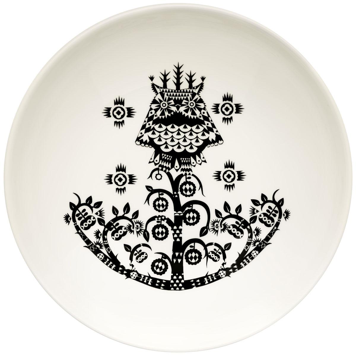 Тарелка глубокая Iittala Taika, цвет: черный, диаметр 20 см1011651Глубокая тарелка Iittala Taika выполнена из качественного жароустойчивого прочного фарфора с долговечным стекловидным эмалевым покрытием. Можно мыть в посудомоечной машине.Диаметр: 20 см.