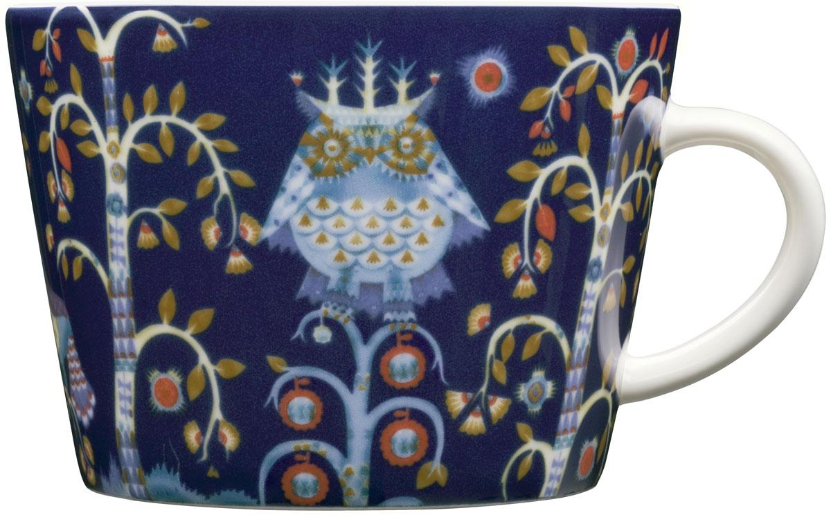 Taika - одна из самых известных коллекций знаменитого финского бренда Iittala. Кружка выполнена из современного и прочного фарфора, что позволяет использовать ее в микроволновой печи и посудомоечной машине. Яркий авторский дизайн и великолепное качество сделают посуду Taika главным украшением вашего стола!