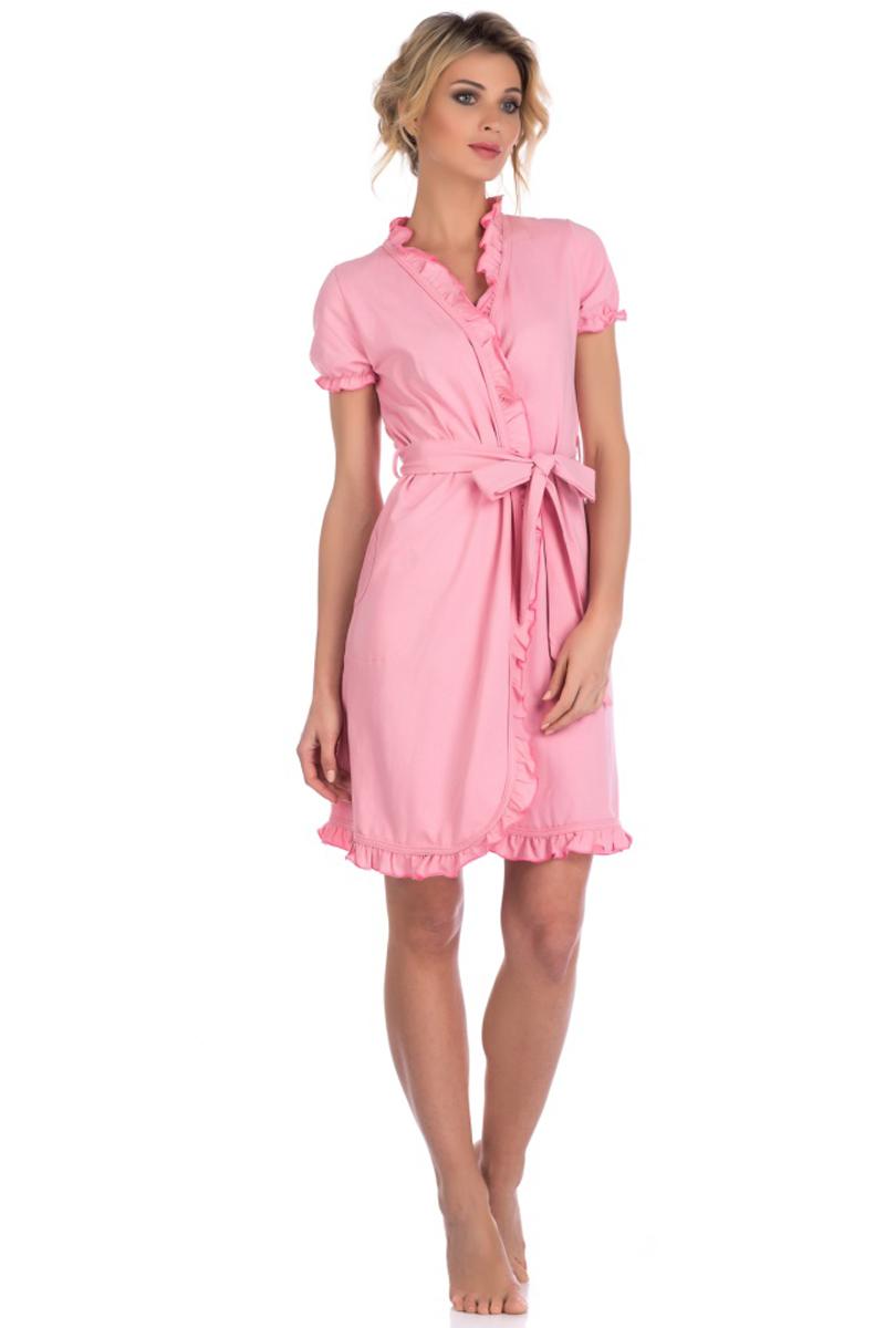 Халат женский Evateks, цвет: розовый. 511. Размер 46/48511Легкий халат от Evateks выполнен из натурального хлопка. Модель-миди с запахом и короткими рукавами на талии дополнена поясом. Халат по бокам имеет втачные карманы. Рукава, зона ворота и полы халата - декоративно отделаны тканью с эффектом волн.