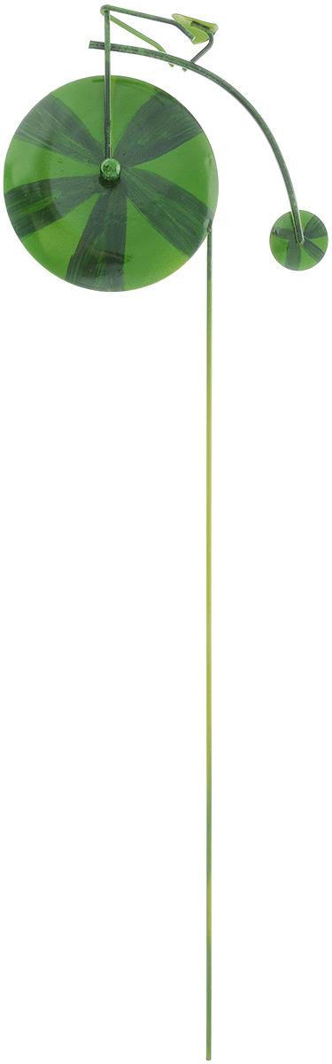 Украшение декоративное садовое Феникс-Презент Арбуз, высота 53 см43872Декоративное садовое украшение Феникс-Презент изготовлено из металла и представляет собой палочку с фигуркой велосипеда наверху. Декоративные садовые фигурки внесут завершающий штрих при создании ландшафтного дизайна дачного или приусадебного участка. Они позволят создать правдоподобную декорацию и почувствовать себя среди живой природы. Кроме этого, веселые и незатейливые, они поднимут настроение вам, вашим друзьям и родным. Длина украшения: 53 см. Размер фигурки: 16 х 13 см.
