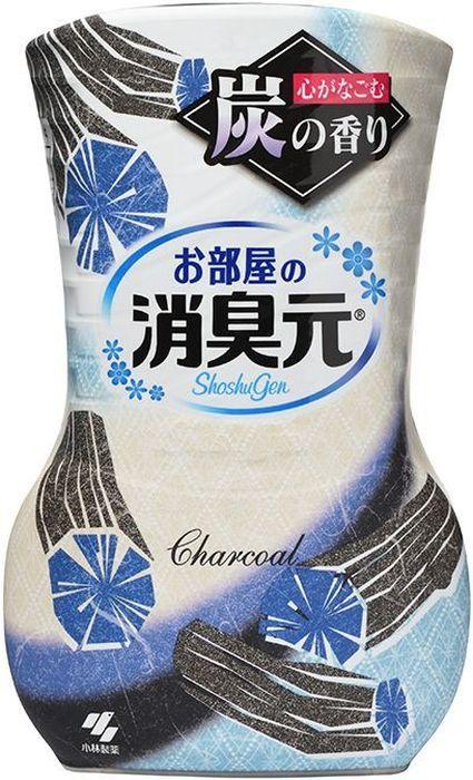 Дезодорант для комнаты Kobayashi Oheyano Shoshugen, жидкий, с древесным углем, 400 мл06848kbУстраняет неприятные запахи, наполняет комнату лёгким приятным ароматом. Бумажный фильтр позволяет регулировать интенсивность аромата. Способ использования: Снимите внешнюю защитную пленку по линии отрыва. Снимите внешнюю крышку. Открутите крышку, поднимите бумажный фильтр (интенсивность аромата можно регулировать высотой фильтра). Внимание при использовании: Используйте строго по назначению. Не для приёма внутрь. Если вы случайно проглотили содержимое средства, сразу же запейте его большим количеством воды; при ухудшении самочувствия обратитесь к врачу. Если содержимое средства попало на кожу рук, хорошо смойте его водой. Если содержимое средства попало на какую-либо поверхность (мебель, пол и т.д.), сразу же протрите поверхность. Условия хранения: Не ставьте в места с высокой температурой, избегайте действия прямых солнечных лучей. Храните в местах, недоступных для детей маленького возраста. Срок действия: от 1,5 до 3 месяцев в зависимости от условий помещения. Применение: для жилых помещений. Состав: ПАВ (нейтрализаторы запаха), отдушка, ПАВ (неионогенные, анионные), краситель.