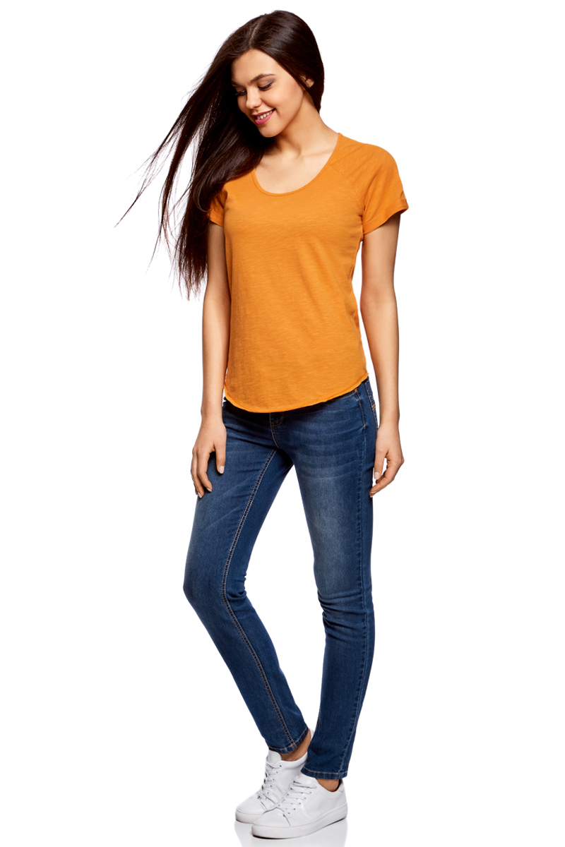 Футболка женская oodji Ultra, цвет: оранжевый. 14707004-3/45518/5500N. Размер XS (42)14707004-3/45518/5500NЖенская футболка от oodji выполнена из натурального хлопка. Модель с короткими рукавами и круглым вырезом горловины имеет необработанные края.