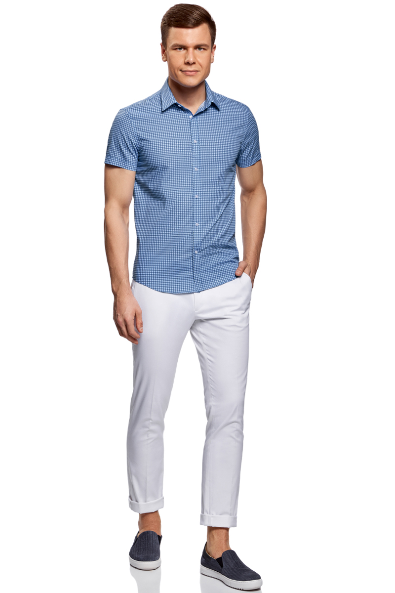 Рубашка мужская oodji Lab, цвет: голубой, белый. 3L210041M/19370N/7010G. Размер 38-182 (44-182)3L210041M/19370N/7010GМужская рубашка от oodji выполнена из натурального хлопка. Модель приталенного кроя с короткими рукавами застегивается на пуговицы.