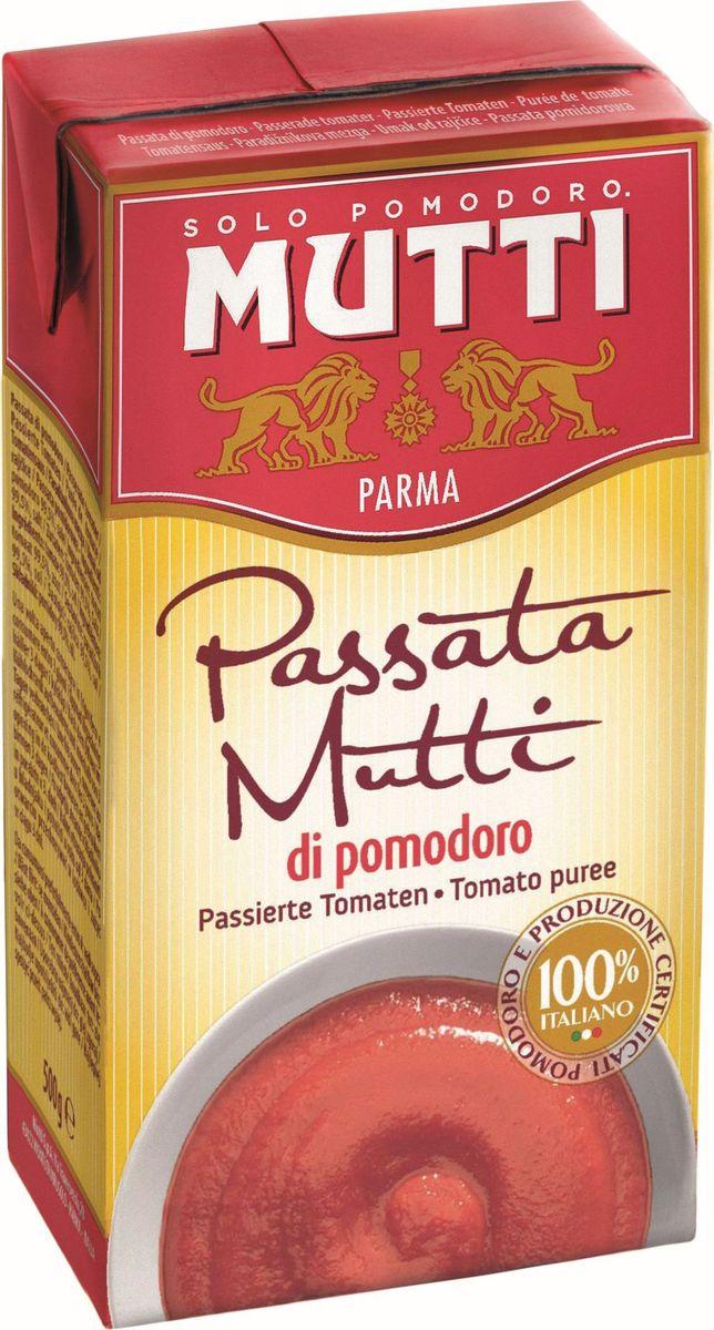 """Mutti Томаты протертые, 500 г2957Томаты протертые являются одним из традиционных блюд средиземноморской кухни.Для приготовления пассаты используются итальянские помидоры высшего качества с небольшим количеством семян и минимальным содержанием воды. Пассата, производимая компанией Mutti"""", отличается ярким красным цветом, насыщенным ароматом и однородностью консистенции. Протертые томаты от компании Мутти имеют насыщенный красный цвет, кремообразную бархатистую консистенцию и являются прекрасной основой для первых и вторых блюд. История компании Мутти началась в 1899 году, в регионе Эмилия Романья, которая с давних времен славится своей изысканной кухней.Компания Мутти – производитель, прошедший путь от небольшой сельскохозяйственной фабрики до крупного производителя с мировым именем благодаря высшему качеству продукции и любви к своему делу.Превознести томат до самых его вершин… - в этой фразе раскрывается суть компании Мутти, поэтому сегодня, так же как и в прошлом, с той же страстью и вниманием семья Мутти производит высококачественную продукцию, разрабатывая новые рецепты и совершенствуя вкус томатов. Семьей Мутти придумана томатная паста в тюбиках, томатный уксус, первыми были выпущены на рынок резанные кубиками томаты (polpa), секрет производства которых держится в строжайшей тайне.Компания Мутти стала первой среди производителей выпускать всю продукцию под знаком интегрированная и сертифицированная продукция.Pomodorino dOro - приз за лучший урожай. Ежегодно 200 крестьян соревнуются в качестве помидоров."""