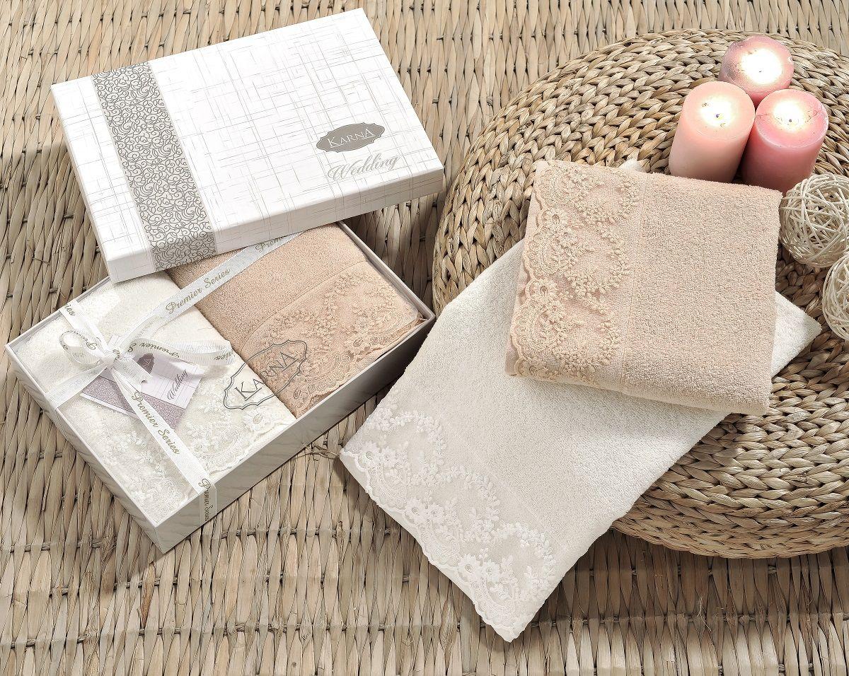 Полотенце махровое Karna Elinda, цвет: кремовый, кофейный, 50 х 90 см, 2 шт. 2395/CHAR0022395/CHAR002Полотенца Karna Elinda изготавливают из высококачественных хлопковых нитей. Длина волокон хлопковой нити влияет на свойства ткани, чем длиннее волокна, тем махровое изделие прочнее, пушистее и мягче на ощупь. А также махровое изделие будет отлично впитывать воду и быстро сохнуть. На впитывающие качества махры (ее гигроскопичность) конечно же влияет состав волокон. Махра абсолютно не аллергена, имеет высокую воздухопроницаемость и долгий срок использования ткани.Отличительной особенностью данной модели является её оригинальный гипюр. Эти полотенца долго сохраняют свои свойства, а именно прочность и устойчивость к стирке, жесткость ткани из-за плотных кружевных вставок. Размер:50 х 90 см.