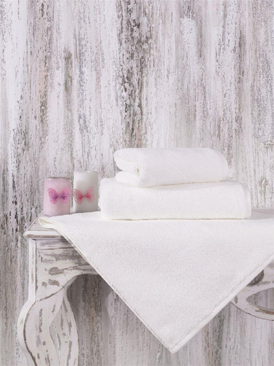 Полотенце идеально высушит вашу кожу. Мягкое на ощупь - оно подойдет и детям и взрослым. Красивый цвет долго будет вас радовать. Изготовлено из микрокоттона.