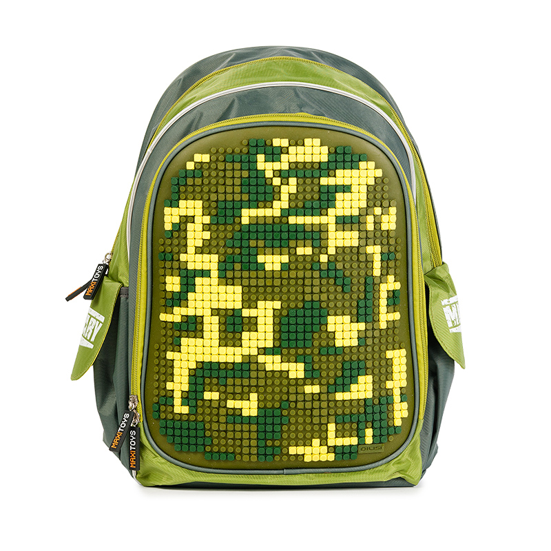 Maxi Toys Рюкзак для мальчика Хаки цвет зеленыйMT-SP-112016-5Мягкий каркас.Базовая картинка: ХакиК внешнему карману рюкзака прикреплена яркая картинка базового рисунка.Размер силиконовой панели: 25,5 х 40 смПоверхность силиконовой панели: 34 ряда, 42 линииКоличество точек панели: 1260 штукЦвет силиконовой панели: хакиРазмер элементов для декорирования: 0,6 см Элементы для декорирования: 830 штук (включая бесплатные дополнительные элементы для декорирования на замену)Цвета элементов для декорирования: темно-зеленый, желтый, хакиОсновное отделение на молнии, 1 внешний карман, 2 боковых кармашка. Усиленная спинка. Светоотражающие элементы.Стилизованные прорезиненные пуллеры.