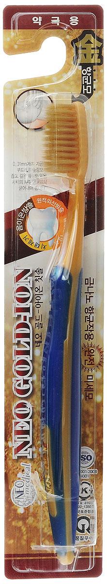 NEO ION Зубная щетка с ионами золота, цвет: золотистый, синий8804831102535_золото, синийСверхтонкие щетинки на кончиках щетки в 0,01 мм позволяют глубоко и тщательно очищать налет на зубах и в межзубном пространстве. Ионы золота способствуют повышению иммунитета, улучшают обменные процессы в деснах и предупреждают образование пародонтита и пародонтоза. Ионы золота оказывают антибактериальное и антигрибковое воздействие в полости рта. Двойной эффект – сверхтонкие щетинки и ионы золота на 99,9% убивают бактерии и устраняют запах изо рта.