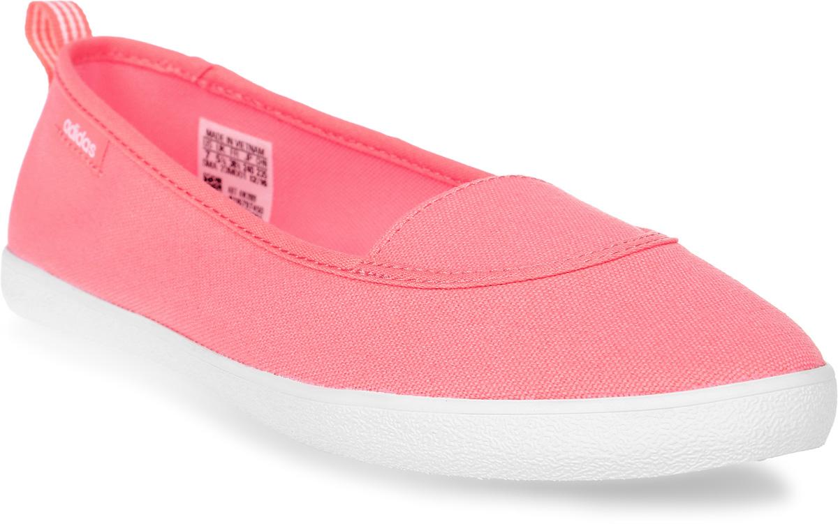 Слипоны женские adidas Cloudfoam Qt Vulc S, цвет: розовый. AW3989. Размер 7 (39)AW3989Лаконичная комфортная модель. Эти слипоны для девушек выполнены из парусины и стилизованы под балетки. Упругая стелька принимает форму стопы, обеспечивая комфорт. Стелька cloudfoam MEMORY плотно прилегает к стопе, обеспечивая безупречный комфорт.