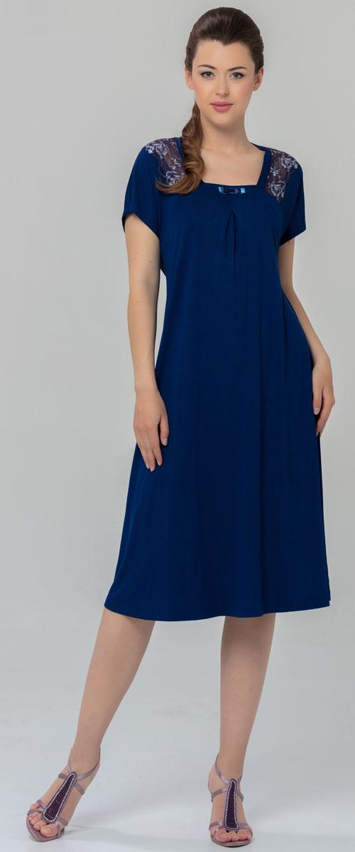 Ночная рубашка женская Tesoro, цвет: синий. 459С1. Размер 52459С1Женская ночная сорочка Tesoro изготовлена из нежного вискозного полотна. Изделие свободного кроя декорировано мягким кружевом.