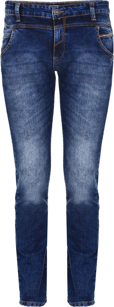 Джинсы мужские F5, цвет: синий. 14451_09343. Размер 32-32 (48-32)14451_09343, Blue denim 3043 str., w.mediumМужские джинсы F5 выполнены из хлопка с небольшим добавлением эластана. Модель на поясе застегивается на металлическую пуговицу и имеет ширинку на молнии, а также шлевки для ремня. Спереди расположены два втачных кармана со скошенными краями и один накладной кармашек, а сзади - два накладных кармана. Изделие оформлено контрастной прострочкой и украшено небольшой нашивкой с названием бренда.