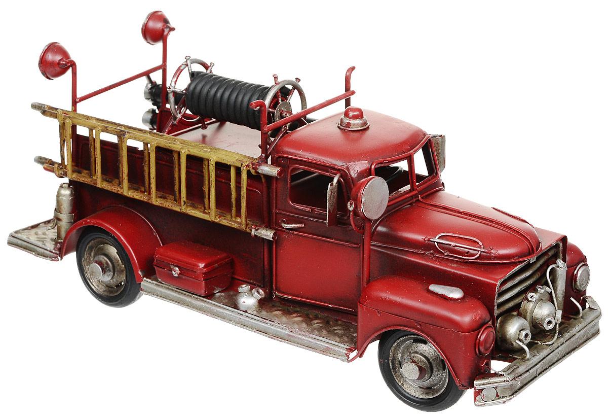 """Модель Platinum """"Пожарная машина"""", выполненная из металла, станет оригинальным украшением интерьера. Вы можете поставить ретро-модель в любом месте, где она будет удачно смотреться.Изделие дополнено копилкой и фоторамкой, куда вы можете вставить вашу любимую фотографию.Качество исполнения, точные детали и оригинальный дизайн выделяют эту модель среди ряда подобных. Модель займет достойное место в вашей коллекции, а также приятно удивит получателя в качестве стильного сувенира."""