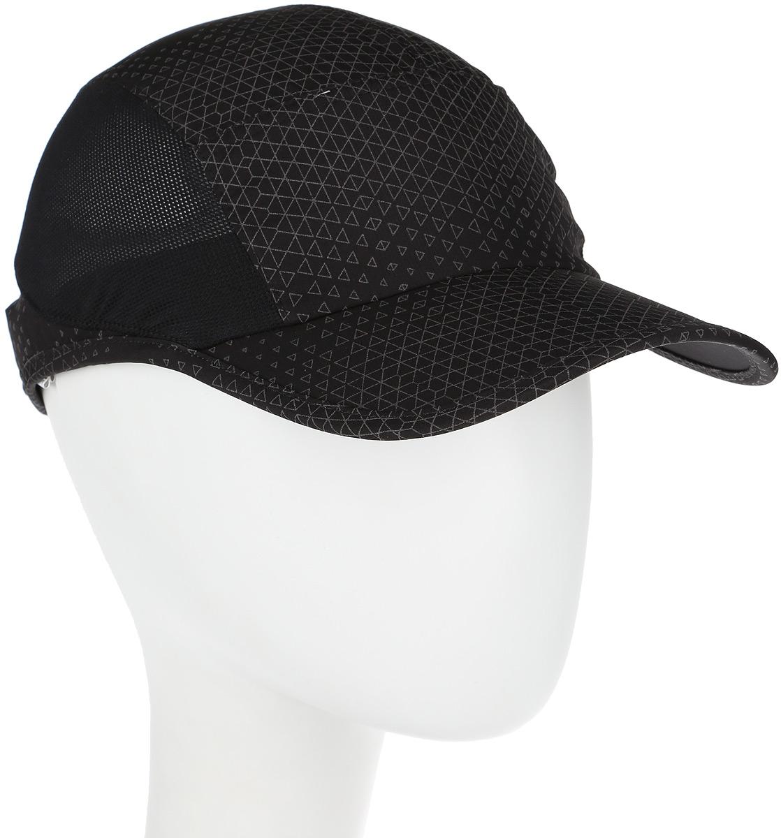 Бейсболка для бега Asics Performance Lyte Cap, цвет: черный. 142210-0904. Размер универсальный142210-0904Стильная бейсболка Asics Performance Lyte Cap выполнена из полиэстера. Такая модель отлично защитит ваши глаза от солнца. Сетчатые вставки и дышащий материал предохраняют голову от перегрева. Бейсболка оформлена фирменным логотипом Asics из светоотражающего материала. Такая бейсболка станет отличным аксессуаром для занятий спортом и активного отдыха.