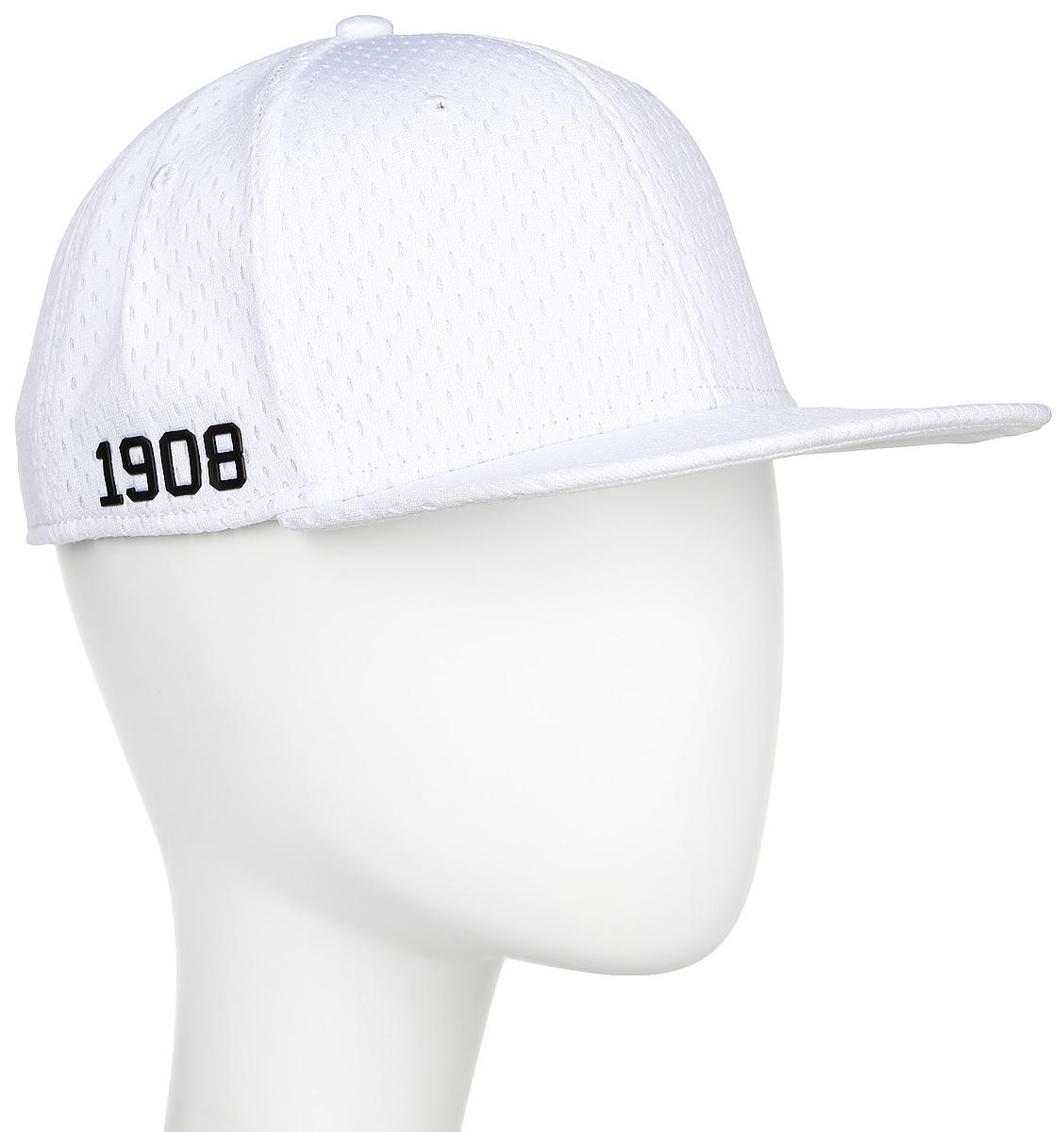 Бейсболка Converse Athletic Mesh Snapback, цвет: белый. 529332. Размер универсальный529332Стильная бейсболка Converse идеально подойдет для прогулок, занятий спортом и отдыха. Бейсболка, выполненная из полиэстера, надежно защитит вас от солнца и ветра. Модель имеет специальные вентиляционные отверстия. Объем бейсболки регулируется при помощи пластикового фиксатора.