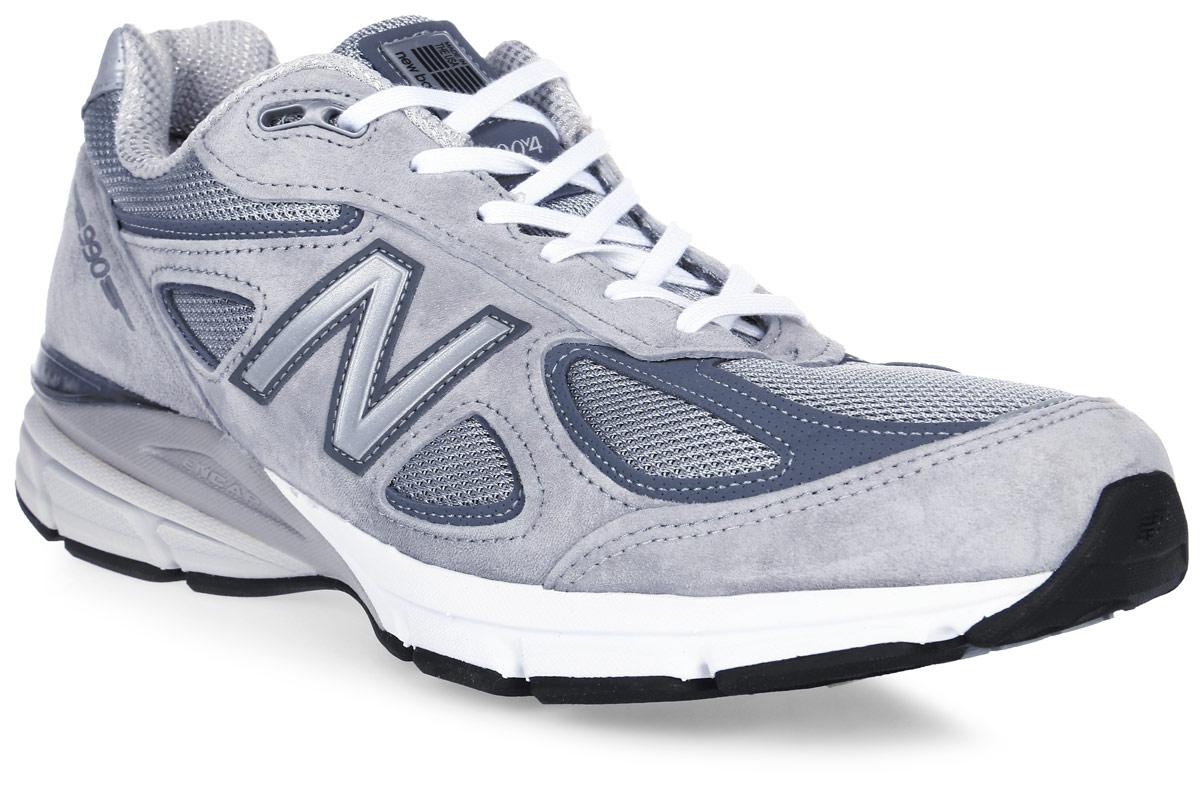 Кроссовки мужские New Balance 990, цвет: серый. M990GL4/D. Размер 10 (44)M990GL4/DСтильные мужские кроссовки от New Balance придутся вам по душе. Верх модели выполнен из высококачественныхматериалов. По бокам обувь оформлена, декоративными элементами в виде фирменного логотипа бренда, на язычке - фирменной нашивкой, задник логотипом бренда. Классическая шнуровка надежно зафиксирует изделие на ноге. Мягкая верхняя часть и стелька, изготовленные из текстиля, гарантируют уют и предотвращают натирание. Подошва оснащена рифлением для лучшей сцепки с поверхностями. Удобные кроссовки займут достойное место среди коллекции вашей обуви.