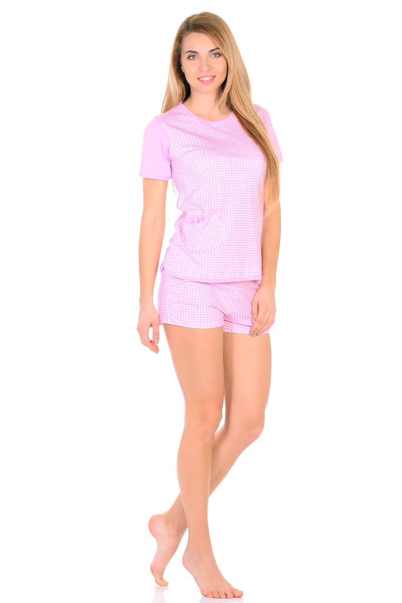 Домашний комплект женский HomeLike: футболка, шорты, цвет: розовый, белый. 825. Размер 42825Трикотажный комплект домашней одежды HomeLike, состоящий из футболки и шорт, выполнен из натурального хлопка в приятной расцветке. Футболка прямого покроя, с короткими рукавами, с округлым вырезом горловины, низ фигурный, в нижней части небольшой накладной карман. Края модели обработаны окантовкой для сохранности формы изделия. Короткие шорты с мягкой резинкой в поясе. Благодаря положительным характеристикам кроя и ткани, в таком комплекте уютно и комфортно днем и ночью.