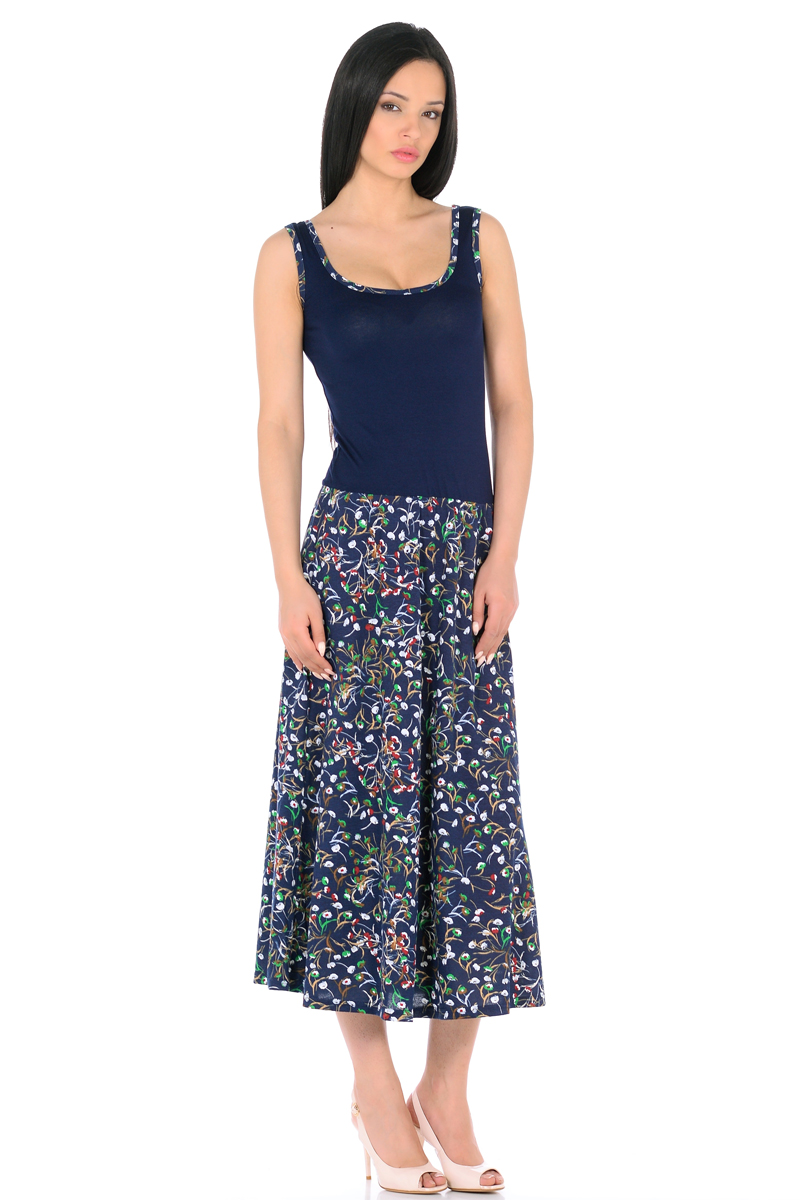 Платье HomeLike, цвет: темно-синий, зеленый. 853. Размер 48853Платье HomeLike с приталенным верхом и с расклешенной юбкой миди из хлопкового полотна. Модель без рукавов, с округлым вырезом по горловине, отрезная линия талии дополнена мягкой резиночкой для наилучшей посадки по фигуре. Симпатичный рисунок на юбке платья, очень украшают лаконичный фасон. Мягкие ткани приятны для тела, удобный крой не сковывает движений, создает ощущения легкости и комфорта.