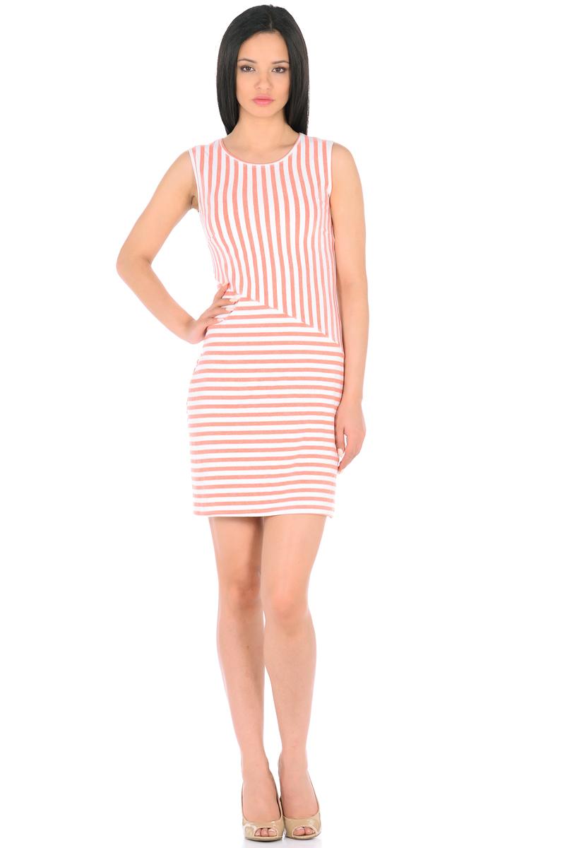 Платье HomeLike, цвет: молочный, терракотовый. 855. Размер 48855Трикотажное платье-мини HomeLike в полоску, полуприталенного силуэта, без рукавов, с округлым вырезом горловины. Ассиметричное соединение верха и низа, образует геометрический рисунок, который визуально корректирует силуэт. Благодаря приятной ткани с высоким содержанием вискозы и правильному крою с вытачками, платье отлично садится по фигуре, обеспечивая комфорт, легкость и свободу движениям.