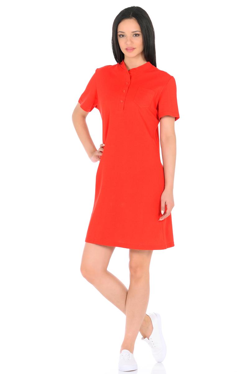 Платье HomeLike, цвет: красный. 876. Размер 46876Стильное платье HomeLike выполнено из хлопкового-пике. Модель прямого покроя, с короткими рукавами, со шлицей в среднем шве спинки. Воротник стойка с короткой планкой на пуговицах и небольшой накладной карман на полочке придают платью спортивный оттенок. Такое платье стильно смотрится, особенно в сочетании с предметами гардероба в спортивном стиле. Пике материал приятный к телу, практичный и износостойкий, крой удобный, не сковывает движений, обеспечивает комфорт.