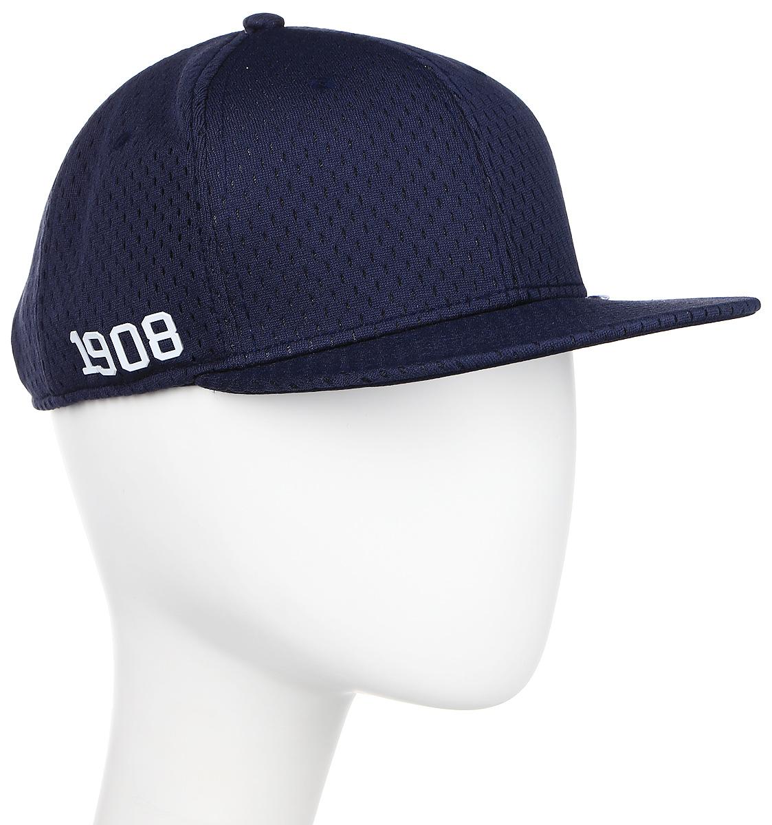 Бейсболка Converse Athletic Mesh Snapback, цвет: синий. 529295. Размер универсальный529295Стильная бейсболка Converse идеально подойдет для прогулок, занятий спортом и отдыха. Бейсболка, выполненная из полиэстера, надежно защитит вас от солнца и ветра. Модель имеет специальные вентиляционные отверстия. Объем бейсболки регулируется при помощи пластикового фиксатора.