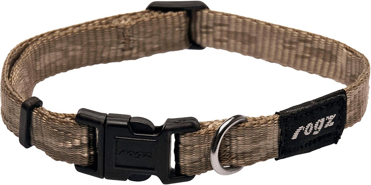 Ошейник для собак Rogz Alpinist, цвет: золотистый, ширина 1,6 см. Размер MCB42LОшейник для собак Rogz Alpinist представляет собой мягкую нейлоновую ленту, которая обладает высокой прочностью. Особое плетение полотна способствует увеличению уровня прочности и защиты. Специальная конструкция пряжки Rog Loc - очень крепкая (система Fort Knox). Замок может быть расстегнут только рукой человека. Технология распределения нагрузки позволяет снизить нагрузку на пряжки, изготовленные из титанового пластика, с помощью правильного и разумного расположения грузовых колец.Особые контурные пластиковые компоненты. Специальная округлая форма конструкции позволяет ошейнику комфортно облегать шею собаки.Выполненные специально по заказу Rogz литые кольца гальванически хромированы, что позволяет избежать коррозии и потускнения изделия.